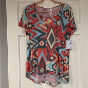 LuLaRoe multi-colored Classic T shirt L NWT